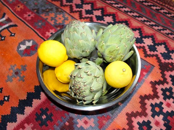artichokes, lemon raw